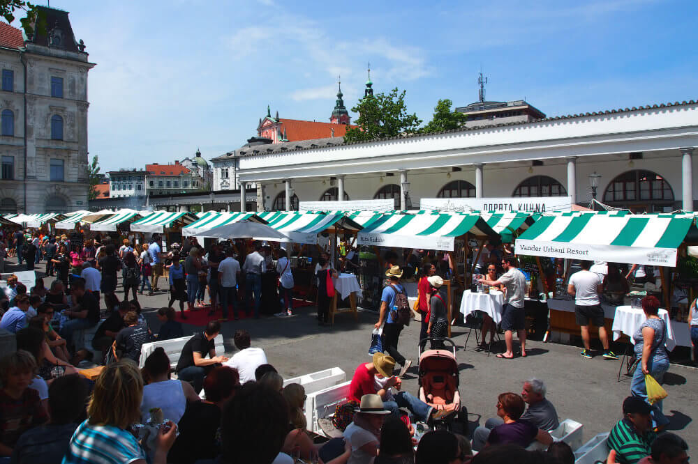 An overview of the square where Open Kitchen takes place