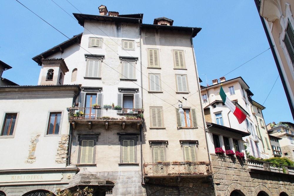 Italian flags in Bergamo