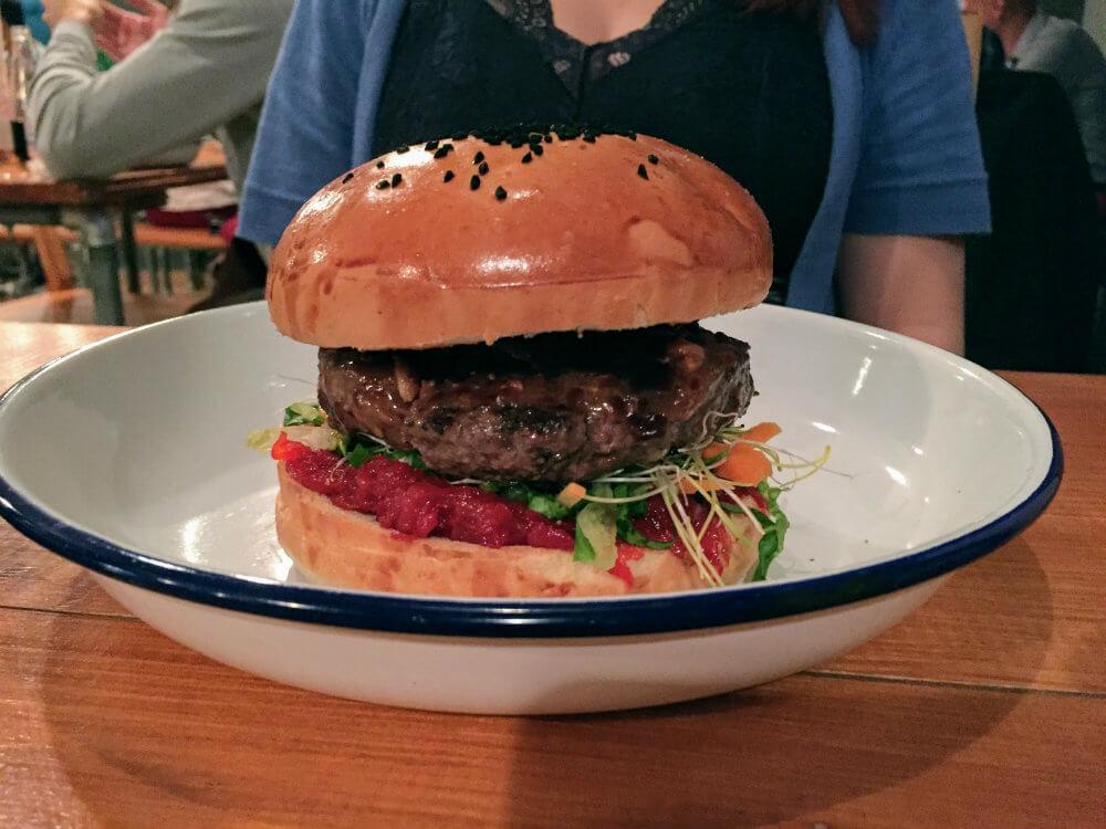 A juicy burger, Fat Bob style