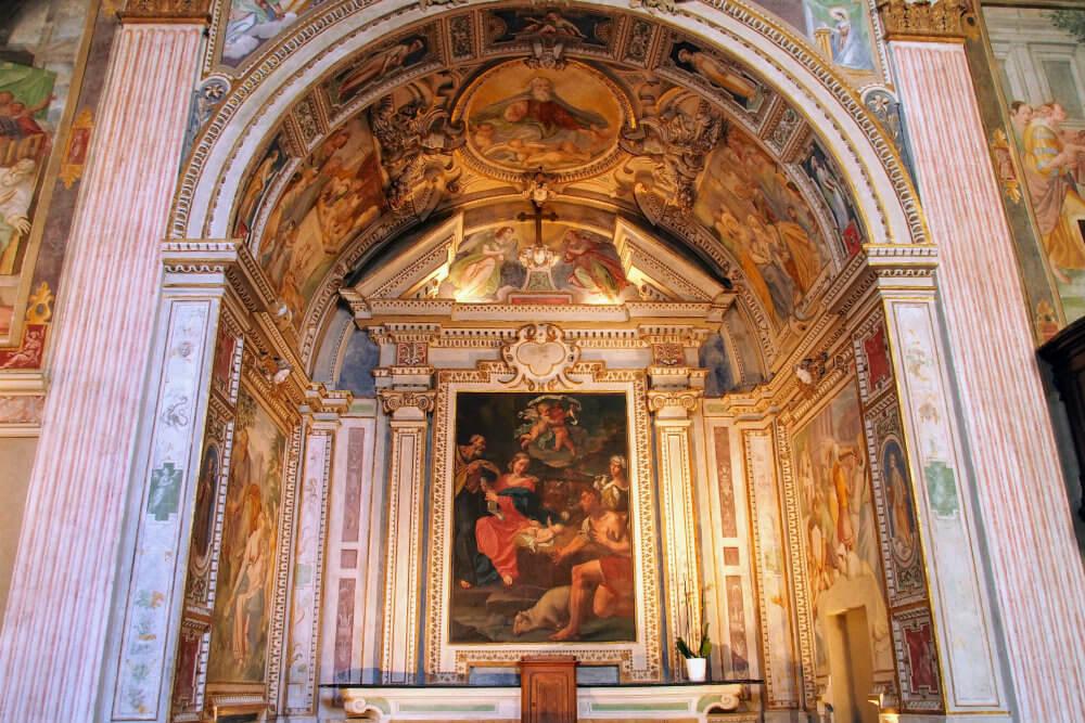 The fresco-laden alter of Chiesa di San Rocco, Lugano