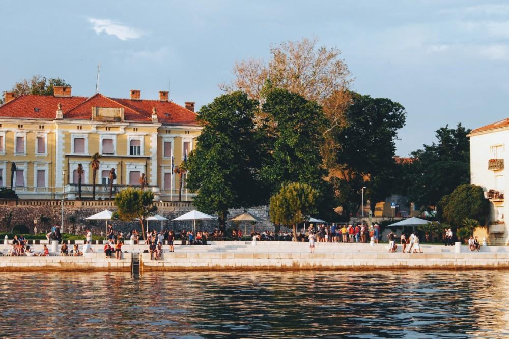 Sunset watchers flock to Zadar's southern promenade