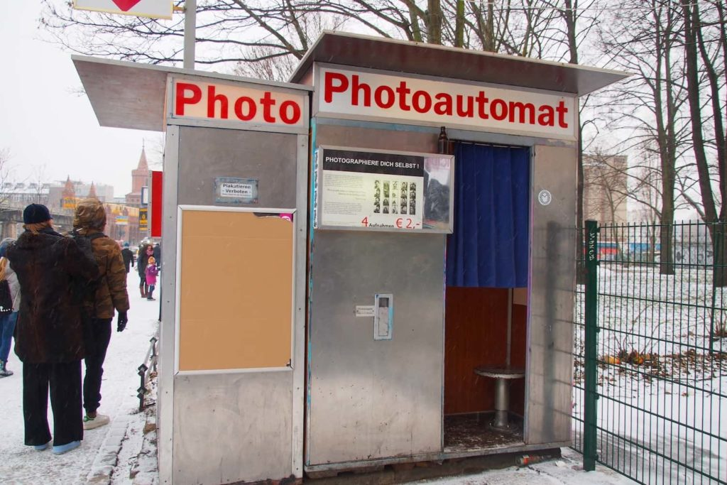Around 35 Photoautomat machines can be found all over Berlin